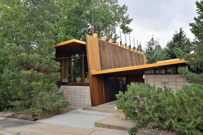 The Sampson-Wood House: A Striking Example of Usonian Modernism