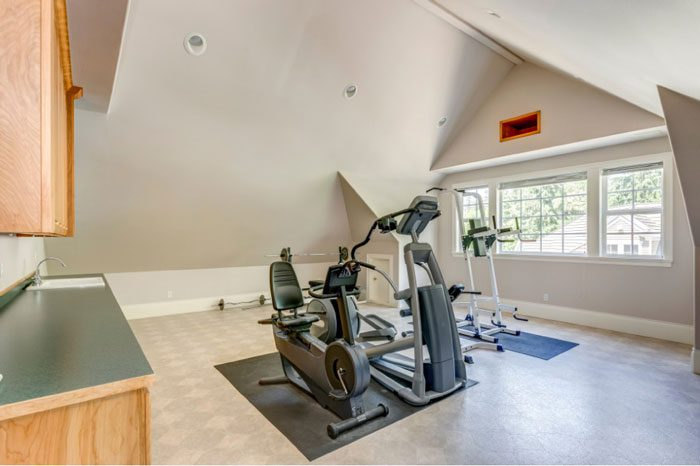Ask Angie's List: Should I get a home gym or a fitness club membership?
